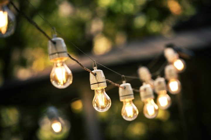 String lights come in all shapes, sizes and colours.