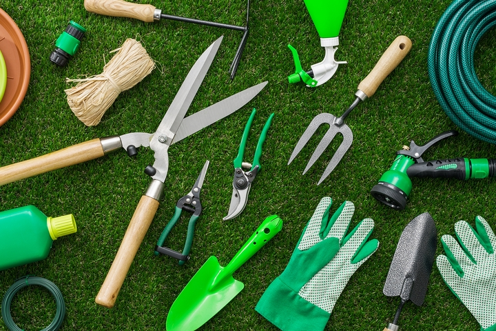 Lawn Maintenance Checklist: Top 10 Lawn Care Techniques