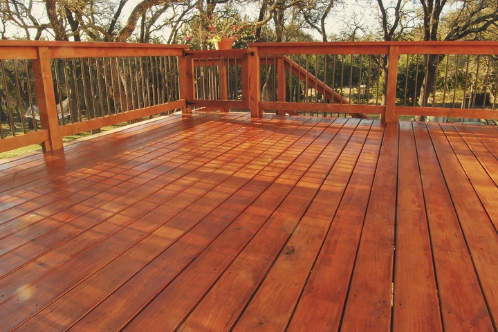 How to Stain a Deck: 6 Simple Steps for Deck Staining