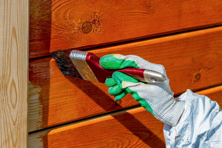 Follow these exterior house painting tricks.